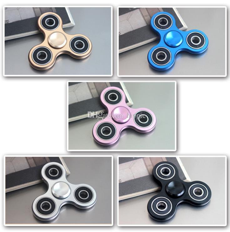 Los fabricantes que venden Fidget Spinner triángulo de aleación de aluminio giroscopio Gyro de dedo de metal Descompresión dedo fingertips giroscopio trilobites