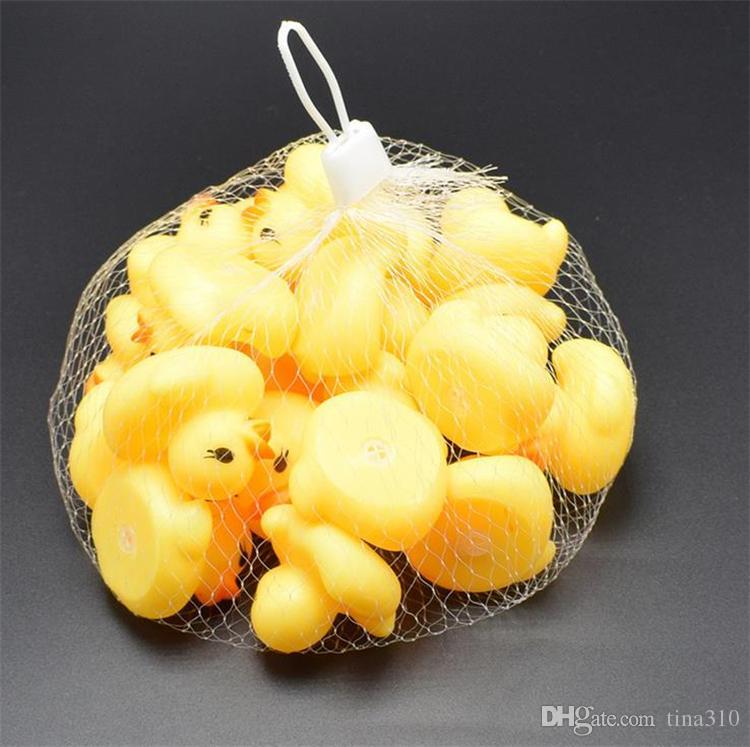 جودة عالية الطفل حمام المياه بطة لعبة الأصوات البسيطة الأصفر المطاط البط بطة صغيرة لعبة الأطفال السباحة الشاطئ هدايا حمام اللعب GC50