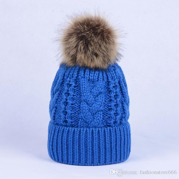 Zimowa gruba podwójna warstwa kolorowe czapki śniegu wełna dzianiny czapka kapelusz z sztucznym szopa futro pom poms dla kobiet mężczyzn hip hop czapka 20 sztuk