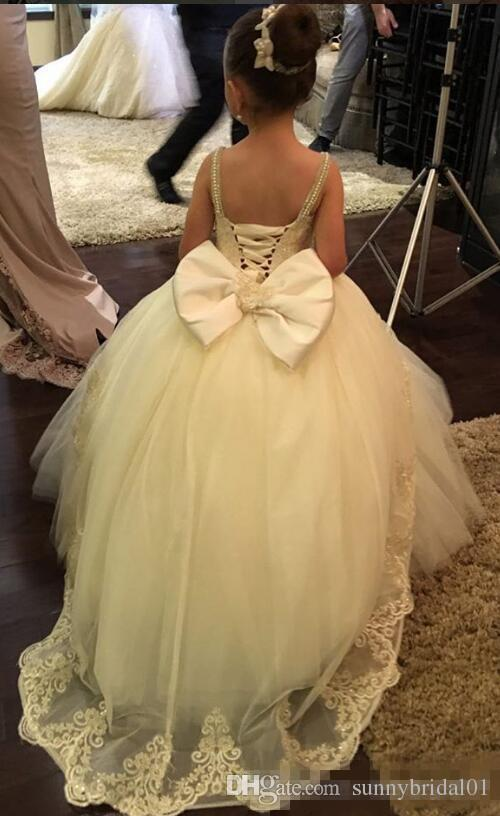 Pearls Lace Arabic 2017 Floral Flower Girl Dresses Spaghetti Ball Gowns Vintage Beautiful Light Girl First Communion Wedding Dresses Big Bow