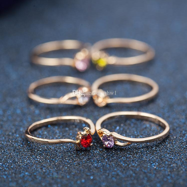 Designs mixtes Classic Mode Cristal Strass Anneaux plaqués or pour femmes et filles bon marché de bijoux entiers
