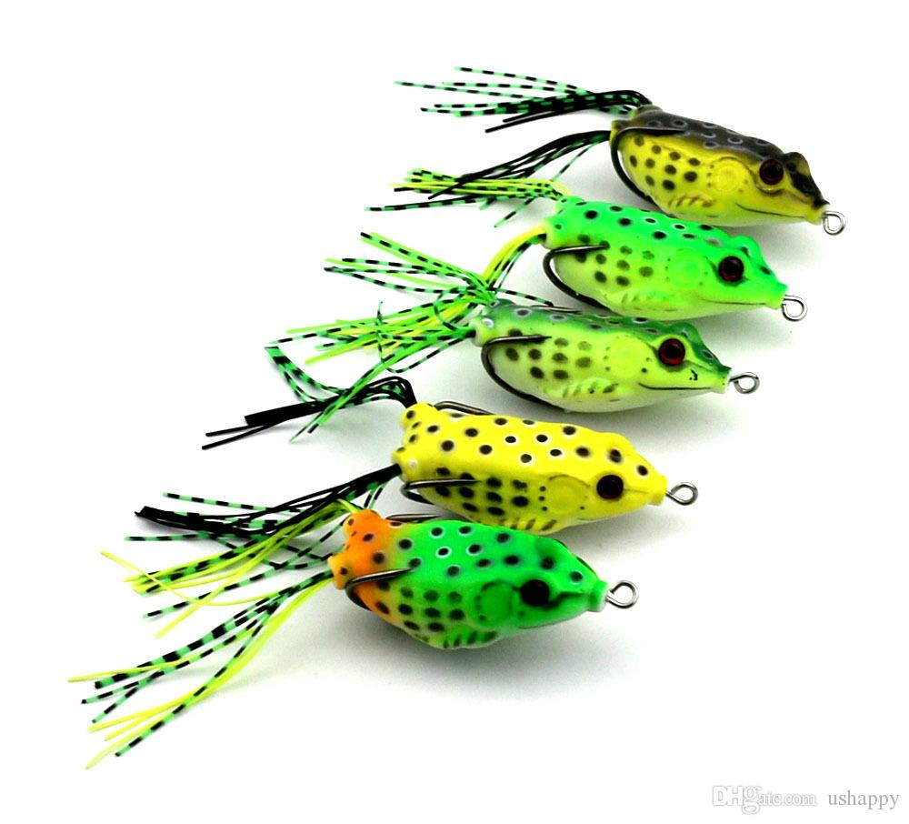 5 unids / set señuelos de pesca de plástico suave colorido señuelo de la rana con gancho de agua superior 6 CM aparejos de peces artificiales con paquete al por menor