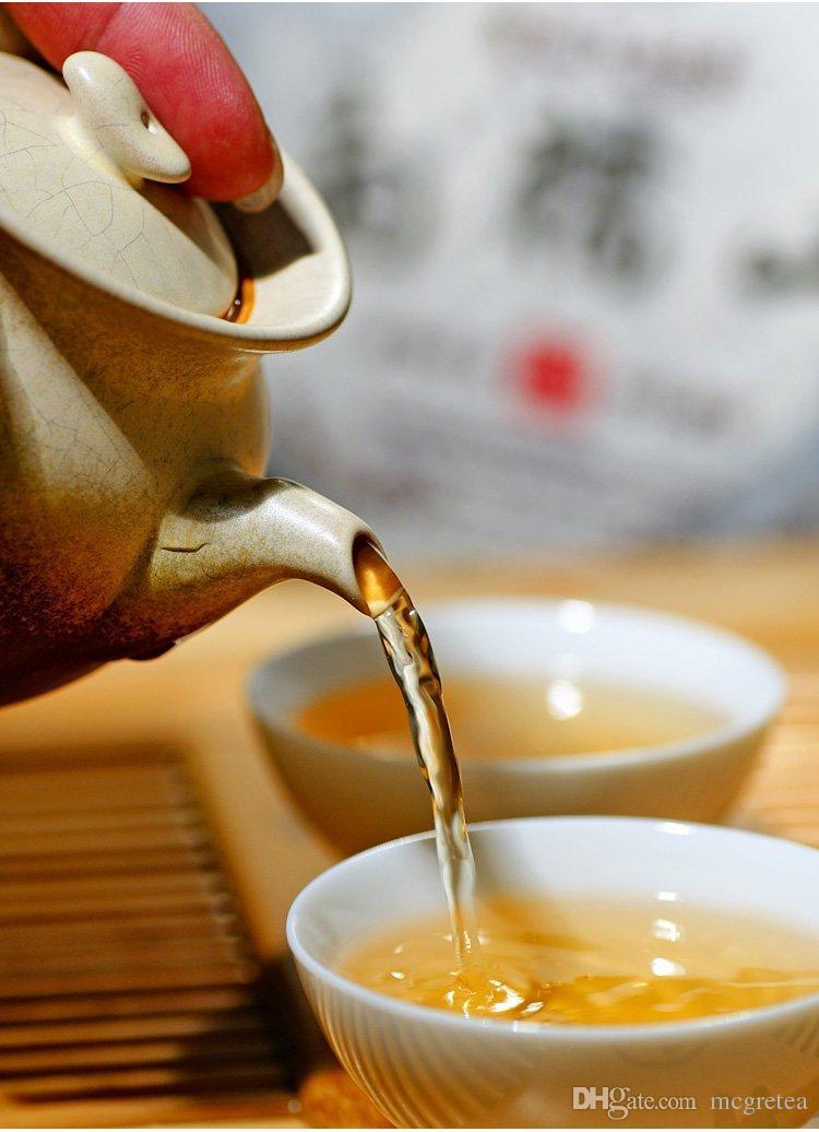2019 الشاي الصيني الاسود تايوان شحن مجاني! 250g تايوان الجبال العالية جين شوان حليب الشاي الصيني الاسود ، ولونغ الشاي 250 جرام + هدية شحن مجاني