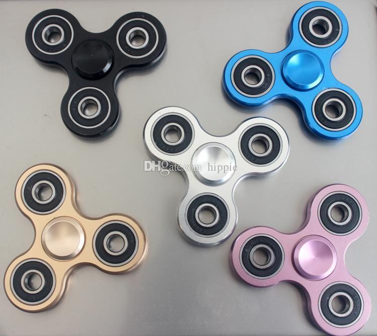 Fidget Spinner alüminyum alaşımlı üçgen parmak uçları gyro satan üreticiler Metal parmak gyro Dekompresyon oyuncak parmak uçları gyro trilobites