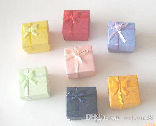 24 sztuk / partia Mix Kolory Pierścień Kolczyk Pudełko Pudełko na pakowanie biżuterii 4.5x4.5x3cm BX2