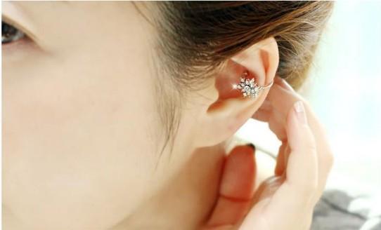 Charm kein Piercing Flake Rhinestone-Ohr-Stulpe-gotischer Silber Gold-Ton-Ohr-Knochen Clips Ohrringe für Mädchen / Damen