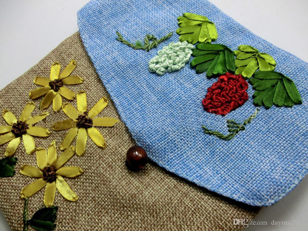 Low price Wholesale Chinese stype Flax Embroidery female bag Single-sided embroidered messenger hand-made Linen bag