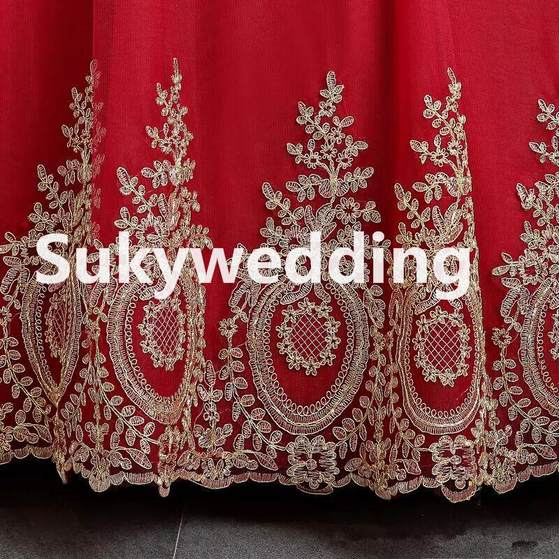 New Burgundy Muslim Wedding Dresses with Long sleeves African Wedding Ball Gowns with Gold Appliques Hijab Saudi Arabia Bridal Dresses