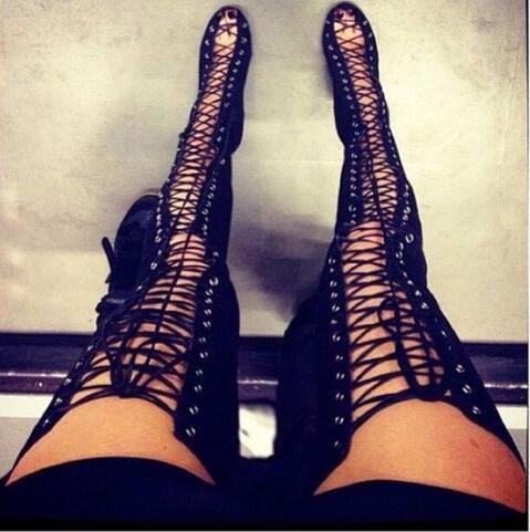 Botas altas hasta el muslo con cordones sexy y con cordones Botas sobre la rodilla Mujer Kim Kardashian Estilo Tacones altos Sandalias de gladiador