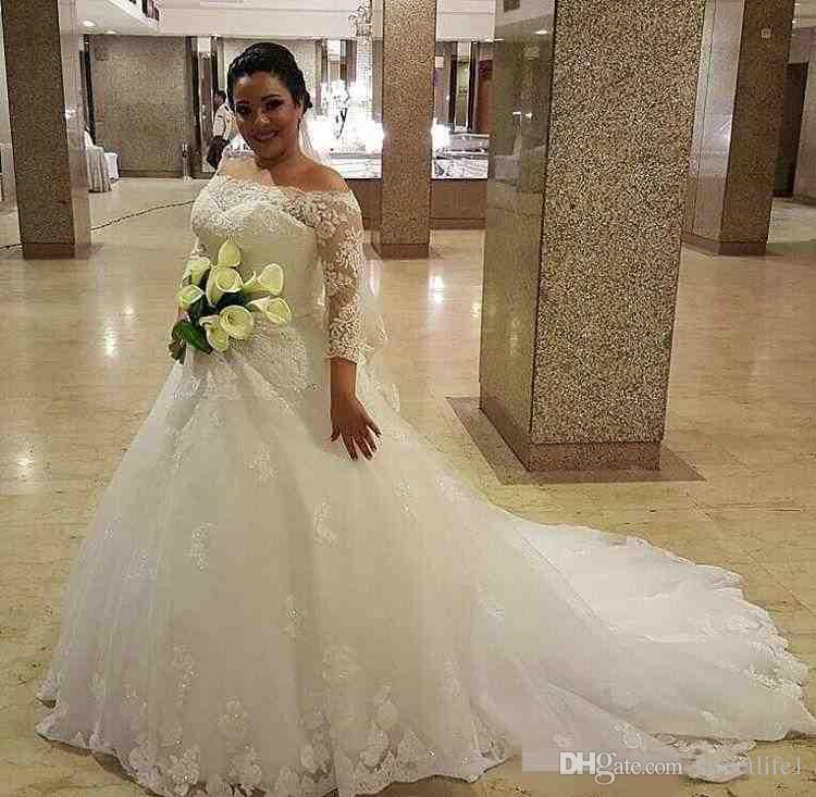 Plus 2019 nouvelles robes de mariée A-ligne Vestios De Novia épaules dénudées Dentelle appliques dos nu arabe demi-manches perlées robes de mariée élégantes