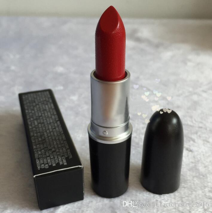 2017 NUEVA barra de labios mate M Maquillaje Lustre Barras de labios retro Frost Sexy Barras de labios mate 3g es barras de labios con nombre en inglés