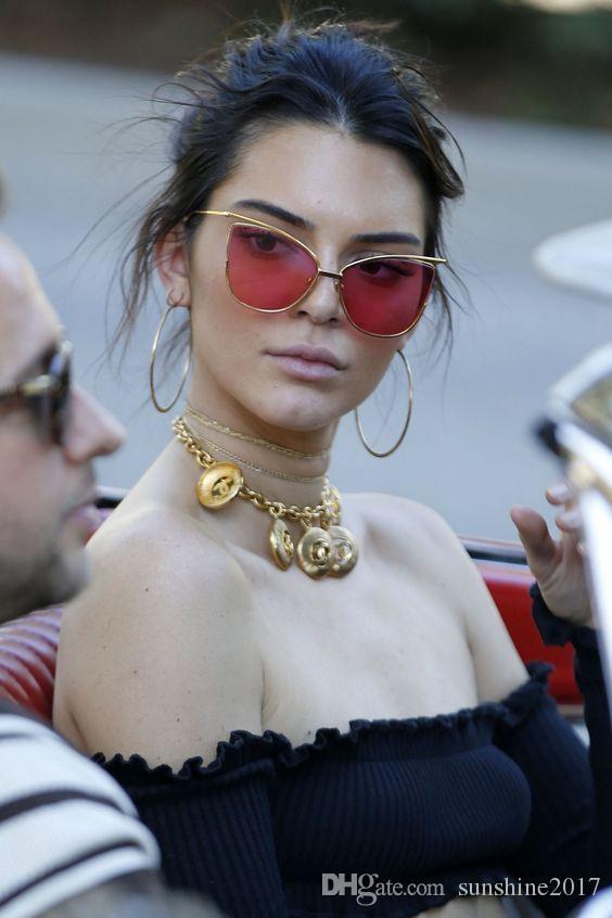 Ojo de gato rojo gafas de sol de mujer espejo tonos vintage transparente color de aleación marco hombres gafas de sol celebridad señoras gafas Rihanna 2017 marca