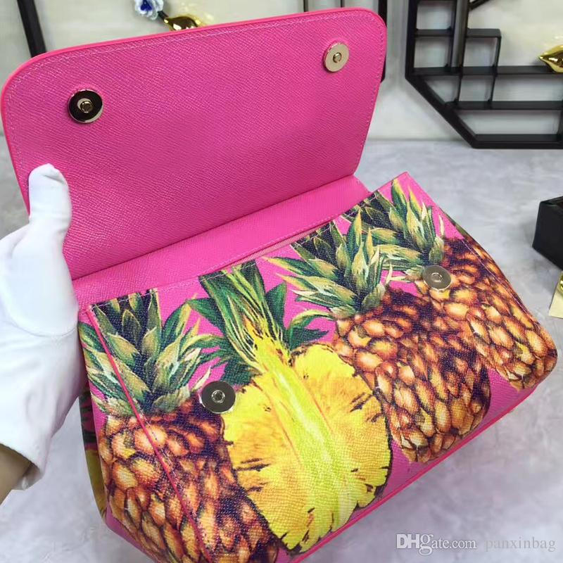Genuine leather printing bagoblique cross bagimported genuine cowhide palm pattern factory, high price oblique cross bag