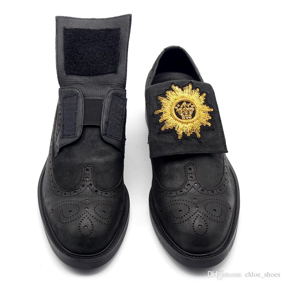 Ouro strass camurça de couro de cera de óleo sapato esculpida sapata dos homens Sapato de salto plana na primavera verão Goodyear homens de vaca Derby sapatos