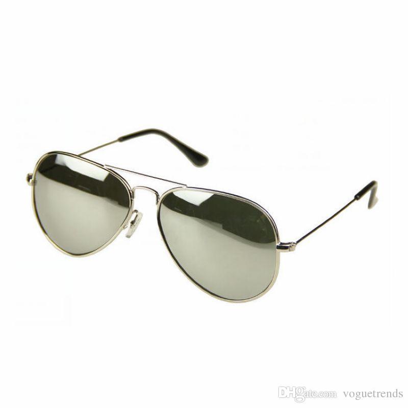 Compre Espejo Polarizado Gafas De Sol Piloto Para Hombres   Mujeres Marco  Metálico Lente De Espejo Coloreado Hombres   Mujeres Gafas De Sol A  11.17  Del ... 3914402b6689