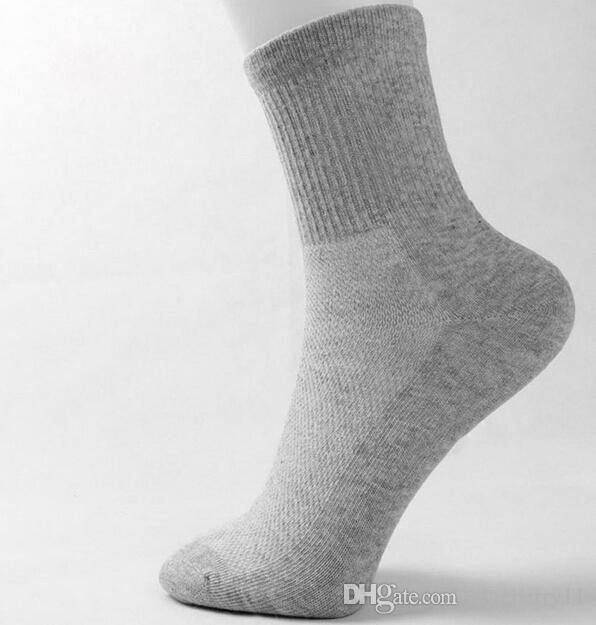 Hot Men Athletic Socks Sport Basketball Long Cotton Socks Male Spring Summer Running Cool Soild Mesh Socks For All Size