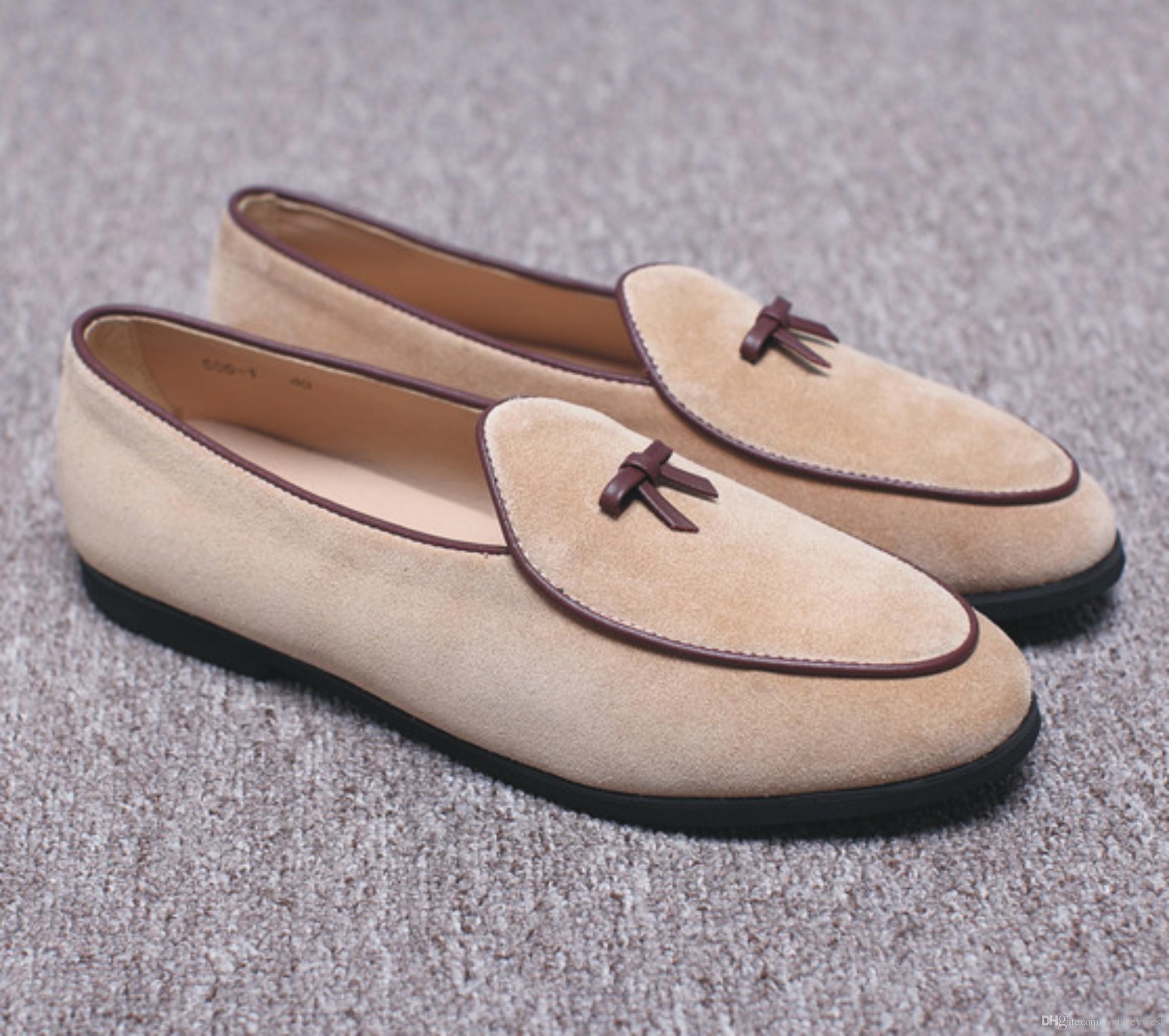 c94d720d Compre Nueva Moda Para Hombre De Cuero De Gamuza Mocasines Slip En Los Zapatos  Casuales Zapatos De Vestir Belgas Zapatillas Pisos De Los Hombres Con  Bowtie ...