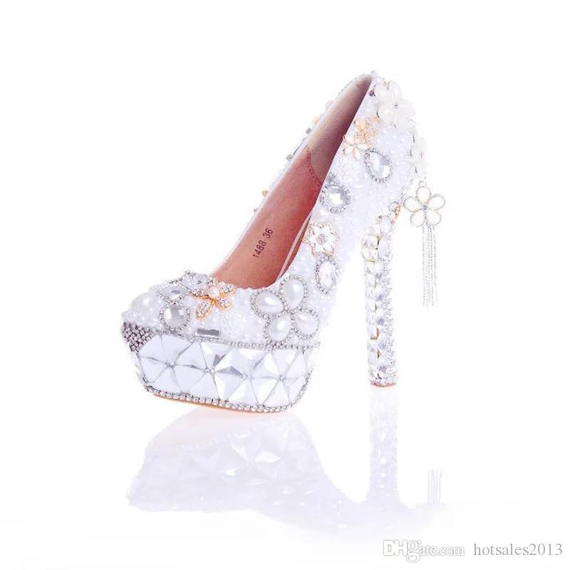 2017 Scarpe da sposa fatte a mano Bianco perla con cristallo Splendida scarpe da sposa Piattaforma delle pompe del partito delle donne Scarpe tacco alto di San Valentino