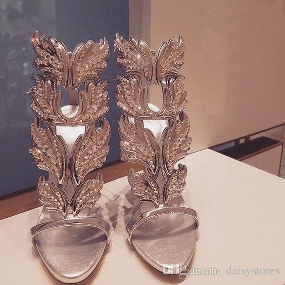 Sexy Bling Cristal Perfurado Ângulo Asas de Salto Alto Sandálias De Couro Brilhante Nupcial Banhado A Ouro Alado Gladiador Sapatos de Casamento Sandália