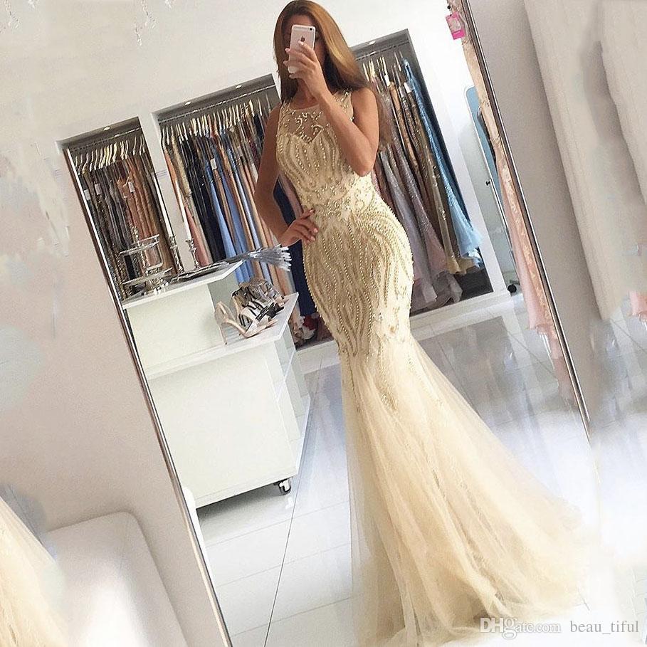 Abiti da sera eleganti 2019 Vestidos de fiesta scollo rilievo Appliqued Perle maniche Mermaid Champagne Prom Gowns