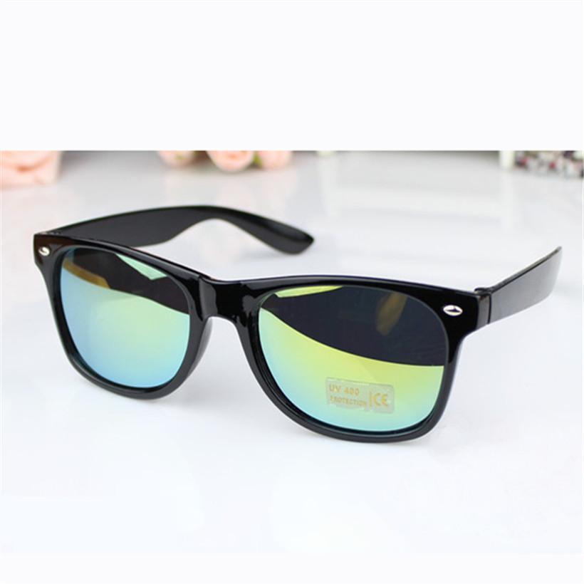 a47e2c78f Compre Atacado 11 Cores Espelhado Vintage Homens Mulheres Óculos De Sol Preto  Famoso Luxo Masculino Feminino Óculos De Sol Marca Designer Branco Óculos  De ...