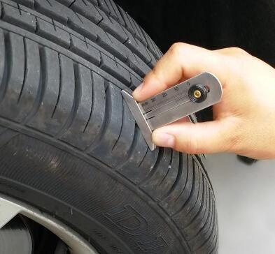0-30 ملليمتر / 50 ملليمتر المقاوم للصدأ سيارة الإطارات قياس عمق ، عمق الإطارات حاكم قياس عمق الإطارات فقي مراقب السيارات الإطارات قياس الضغط