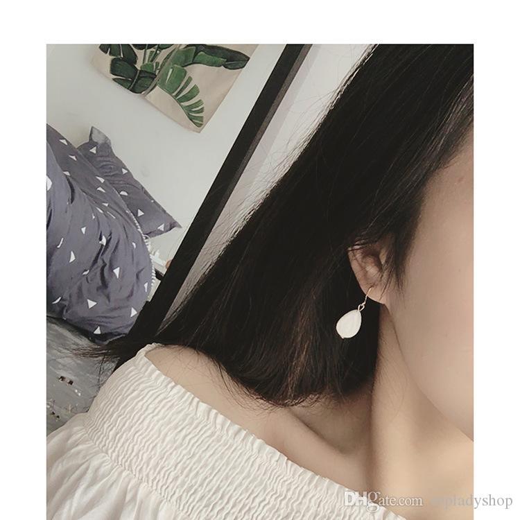 Ornamenti di mano retro perle trasparenti perline orecchini ad anello in oro orecchini coreano temperamento semplice orecchini