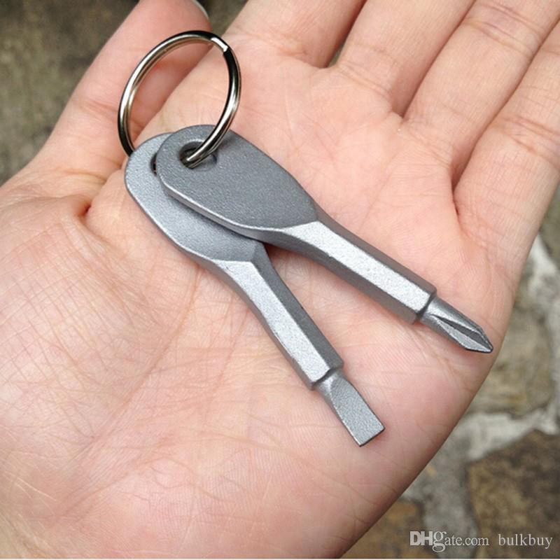 1 Takım EDC İşlevli Tornavida Anahtar Şekli Paslanmaz Çelik Mini Oluklu Phillips Tornavidalar Anahtarlık Cep Onarım Aracı toptan