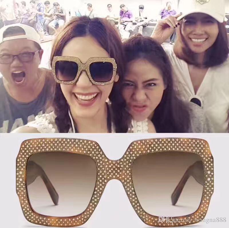 0048 Gafas de sol de lujo Marco grande Diseñador especial elegante con marco de diamante Lente circular incorporada Calidad superior Ven con estuche