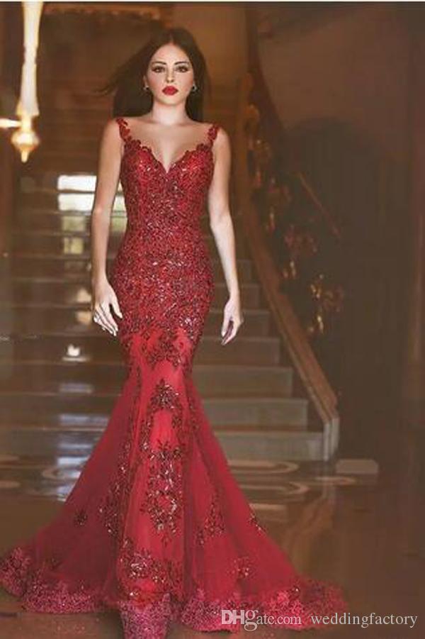 2019 nouvelles robes de soirée sirène dos nu arabe charmantes longues robes de bal paillettes dentelle appliques foncé rouge formelle soirée pas cher Wear