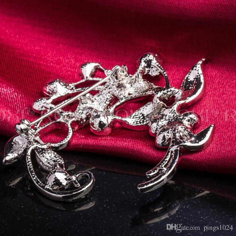 ROXI Fashion Jewelry Flower Brooch With Austrian Crystal White Gold Plated Trend Jewelry For New Year Christmas Gift