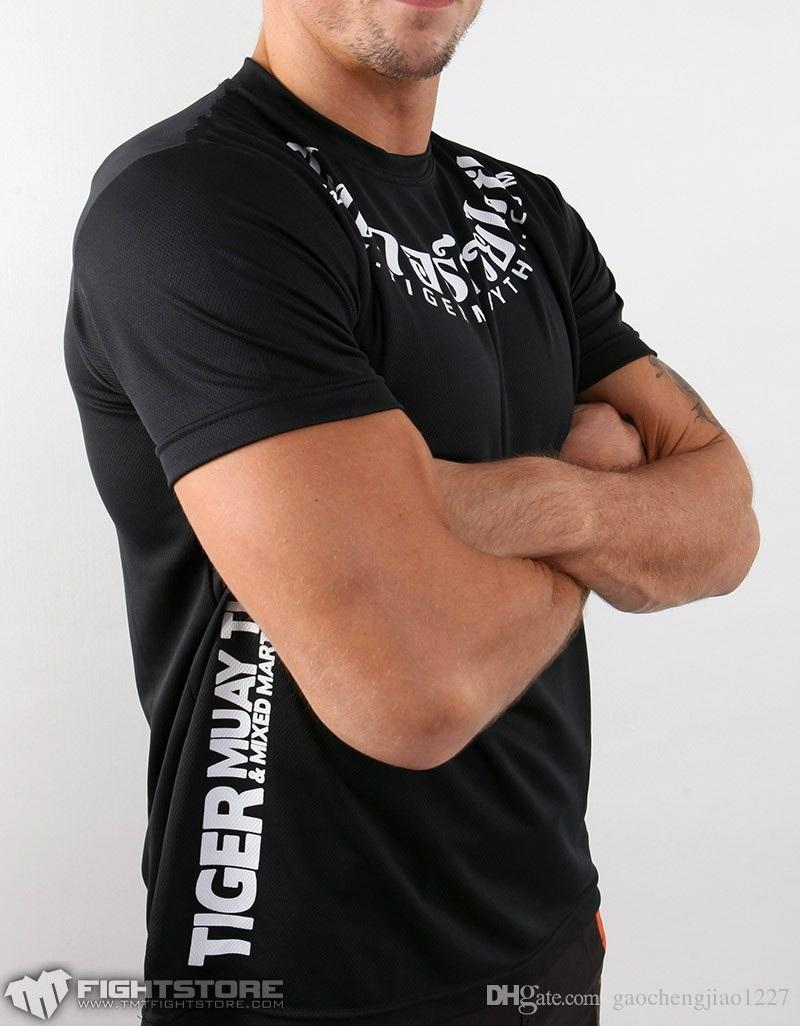 2017 Hot fighting Stil Herren Kompression Shirts Kurzarm Hohe qualität T-shirt MMA Crossfit Übung Workout Fitness Sportbekleidung 100