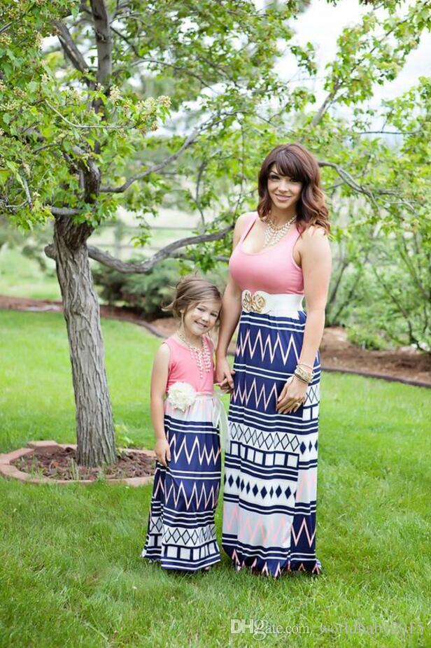 b705a170cc77 2017 Summer Mommy And Me Family Matching Clothes Mother And Daughter Dresses  Clothes Cotton Striped Maxi Mom And Daughter Dress Matching Outfits For  Sisters ...
