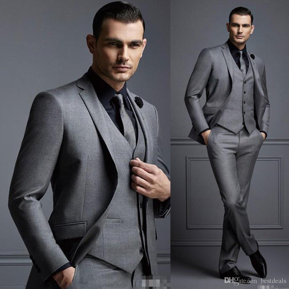 Compre Moda Gris Para Hombre Traje Traje De Novio Barato Trajes De Hombre  Formal Para Los Mejores Hombres Slim Fit Groom Tuxedos Para Hombre Chaqueta  + ... 5cf9b0e03b1a