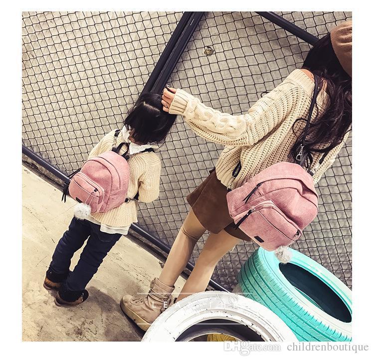 2018 Borse corrispondenza madre e figlia Zaino in velluto a strisce carino Zaino coreano con palline di moda Borsa Dimensioni gratuite ragazze i
