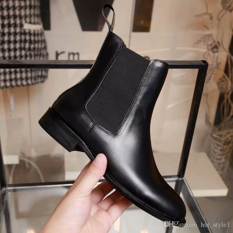16b1229c9aa Autumn Winter Woman Popular Fashion Flat Real Leather Martin Boots Ladies  Square Toe England Style Chunky Heel Retro Ankle Boots Size 35-41