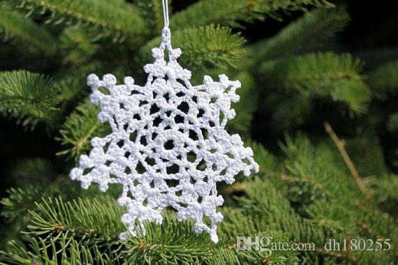 Hand Crochet Christmas Ornaments White snowflakes winter crochet decorations holiday ornaments with hanging loop of 10 ~3-5 inches