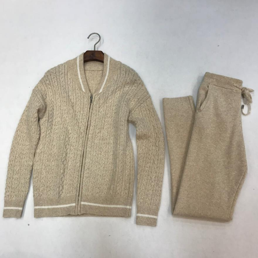 Winter 30%Woolen +45% Cashmere Knitted warm Suits Velvet cashmere wool Sweater + Mink Trousers Leisure Two-piece wq353