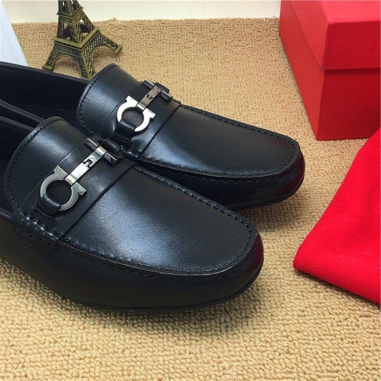 Scarpe da uomo in vera pelle da uomo Scarpe da oxford Scarpe da passeggio Moda scarpe da spiaggia 2018 Scarpe da uomo alla moda Scarpe da ufficio Scarpe da passeggio