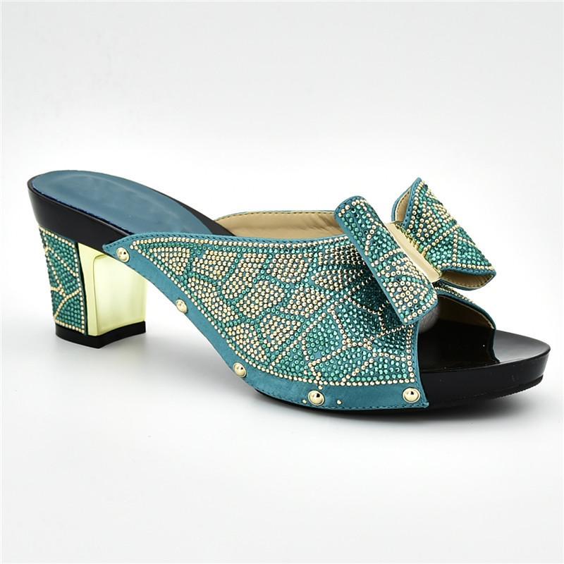 af501ee4ff9 Compre Mais Recente Sandalias Rasteiras Femininas 2018 Nigeriano Mulheres  Bombas Do Partido Das Mulheres Sapatos De Saltos Partido Africano Mulheres  Bombas ...