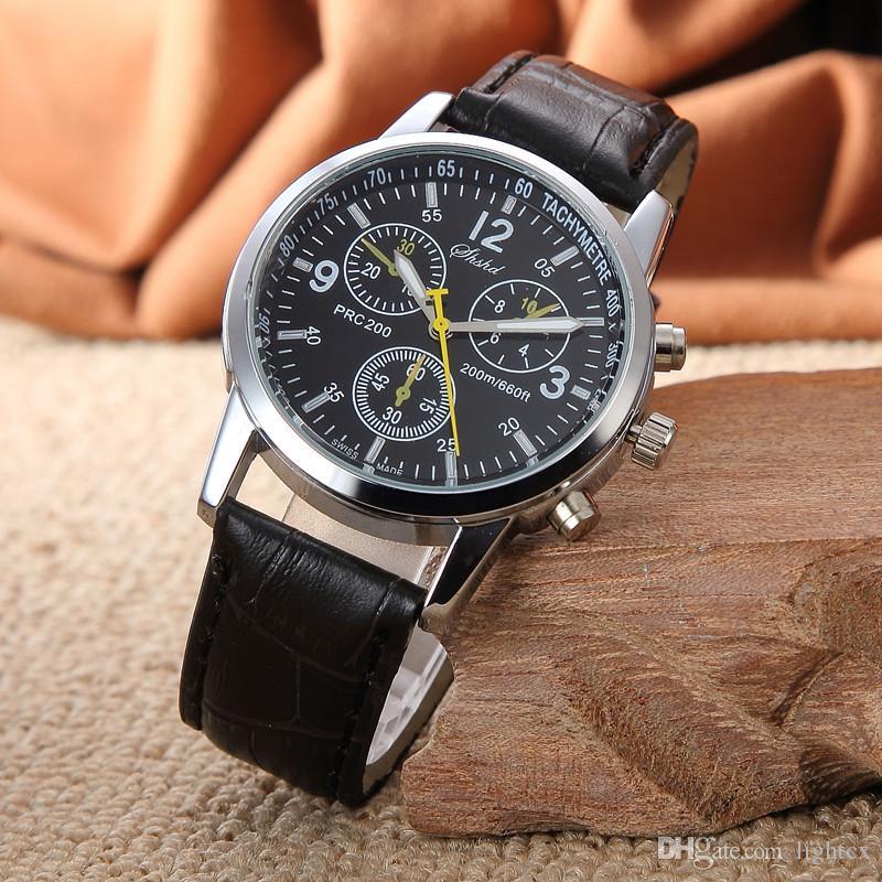 327f4b346a9 Compre Novos Homens Casuais Mulheres Watch Moda Montre Três Dial Couro  Relógios Roman Analógico De Quartzo Relógio De Pulso Feminino Dress Relógio  De ...