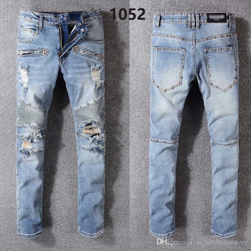 253234eda7 Compre 2018 Nueva Llegada De Moda Para Hombre Diseñador Jeans De Alta  Calidad Famosa Marca Jeans Biker Jeans JBA325 1052 A  52.78 Del  Nelsonbrandstore ...
