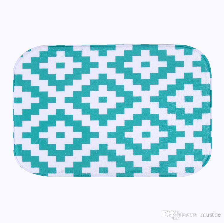 Simple Design Microfiber Chenille Bath Mat