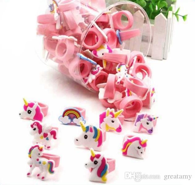 Heißer Verkauf nette Karikatur-Einhorn Ring Einhorn Geburtstagsfeierbevorzugungen liefert Kindbabyfingerring Kinderspielzeug Weihnachten Geburtstagsgeschenk
