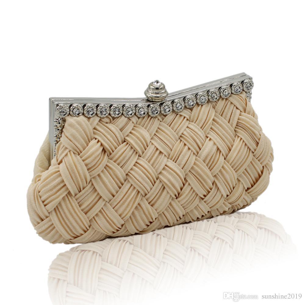 e1d8aa72ca Acquista 2019 Fashion Clutch Ragazze Hangbags Estate Tessuto Paglia Donne  Piccole Mini Borse A Tracolla Frizione Femminile Borsa A Tracolla Moneta  Sacchetto ...