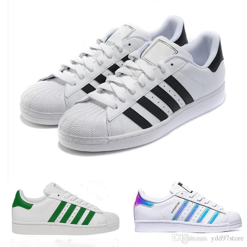 new products 92677 3b4f0 Compre 2018 Adidas Superstar Nuevos Zapatos Holográficos Moda Hombre Zapatos  Casuales Mujeres Mujer Zapatillas Deportivas Mujer Amante Sapatos Feminino  36 ...