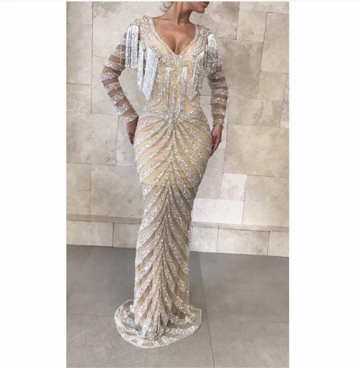 Robe de soirée Yousef aljasmi Kim kardashian Manche longue col en V avec glands de perles A-line Robe longue Almoda gianninaazar ZuhLair murad 0053