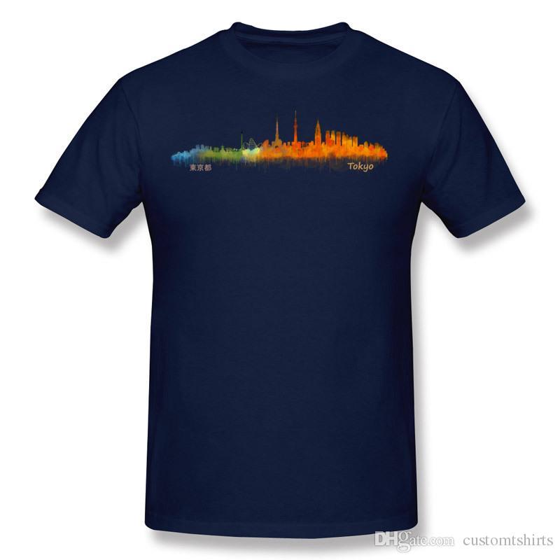 Hommes en gros 100% coton Tokyo Japon City Skyline en art aquarelle. V1 T-Shirt Hommes O Cou Bleu Foncé T-shirt Manches Courtes Grand Taille Geek T
