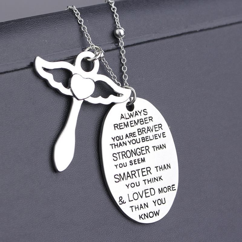 La collana della lettera ricorda sempre che siete collana dei gioielli del pendente della collana del pendente di Braver Nuovi regali dei monili Trasporto libero