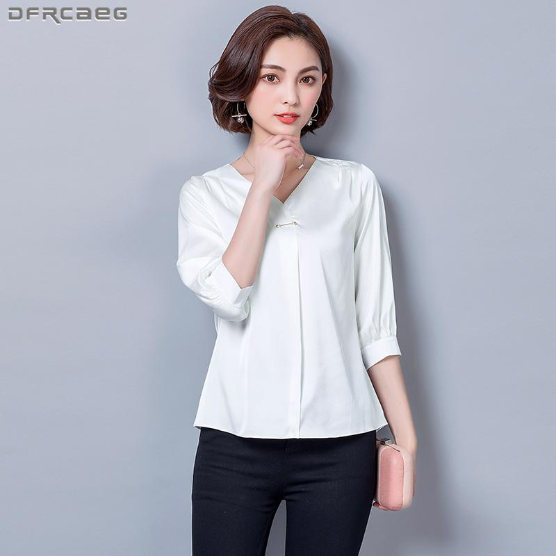 5d2606bcf4e61 Compre Camisas De Mujer De Tres Cuartos Con Cuello En V Camisas De Otoño  Flojo Blusa De Satén De Seda Sólido Tops De Mujer Elegante Moda Blanco  Chemise ...